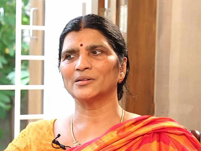 Lakshmi Parvati reveals Chandrababu Nimmagadda Ramesh bond
