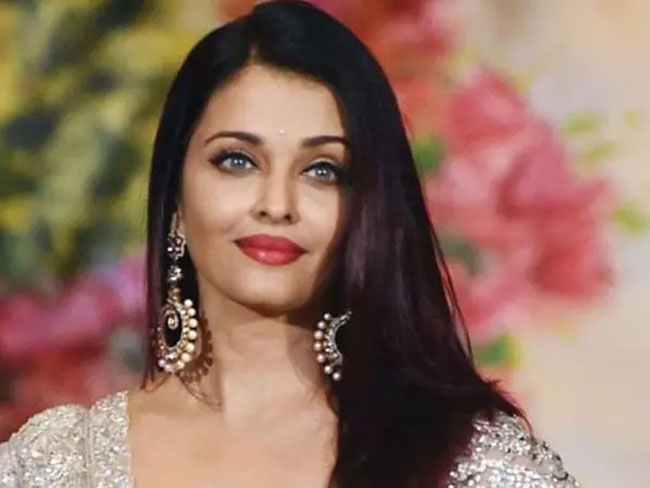 Aishwarya Rai Dual Role In Mani Ratnam Film