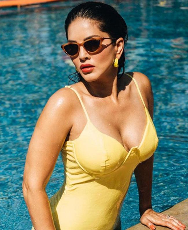 Sunny Leone Latest Stunning Pose