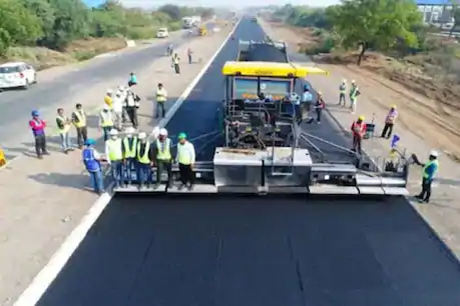 National Highway Authority world record ... 25 km road construction in 18 hours!