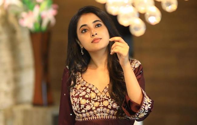 Will Mahesh Give Chance Priyanka