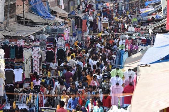 Lock down effect Crowded markets