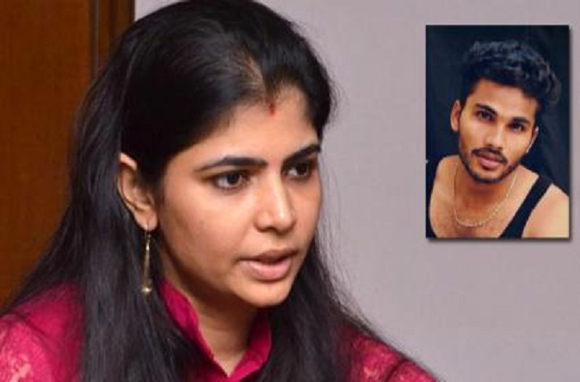 Singer Chinmayi angry over news of Fun Bucket Bhargav case