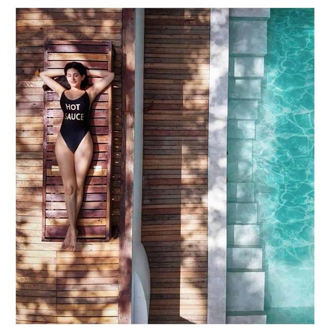 amrya dastur Sensuous Pose By The Poolside!
