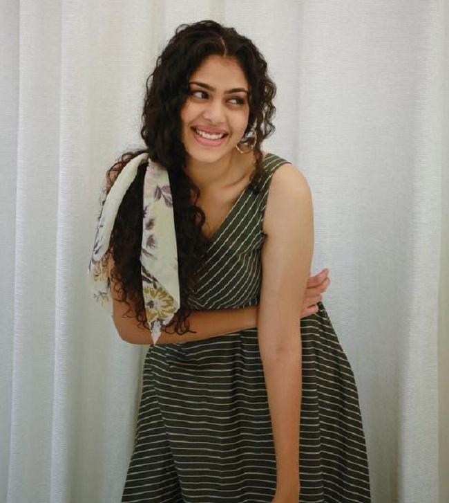 5 feet 10 inches tall Faria Abdullah
