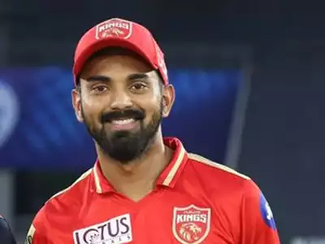 Big shock to Punjab Kings .. The team captain who was admitted to the hospital