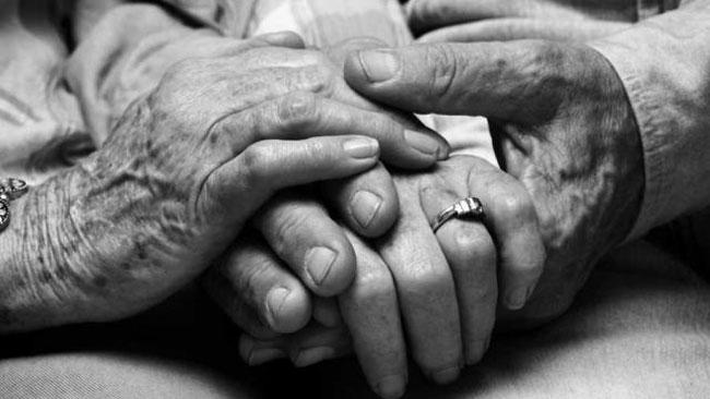 Corona Baladur before the courage of this elderly couple