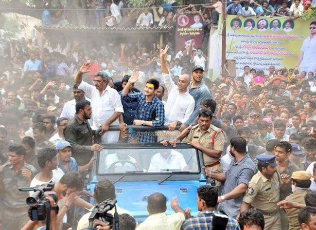 Mahesh Babu comes in rescue of adopted villages in Covid times!