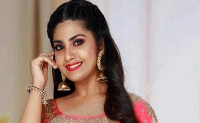 Vanivishwanath heiress as heroine