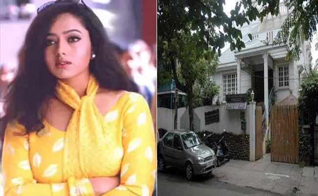 Actress Soundarya Home