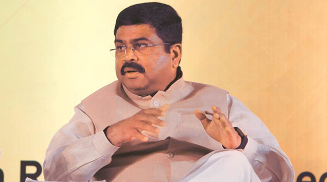 Can Congress reduce petrol rates in states ?: BJP Union Minister