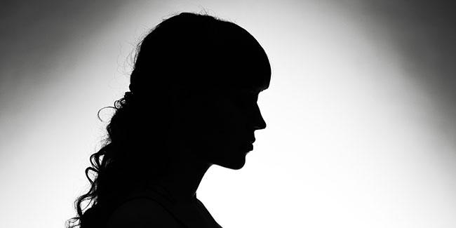 Heroines caught committing prostitution in Mumbai?