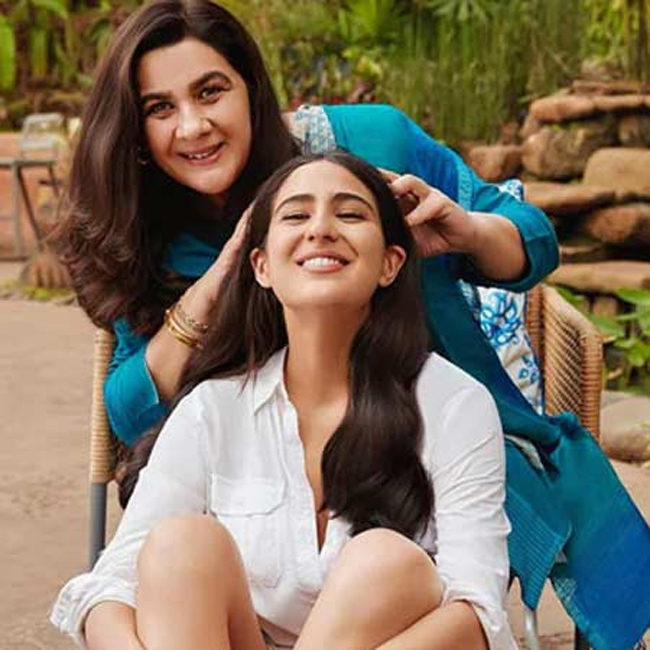 Pic Talk?: Mother daughters together