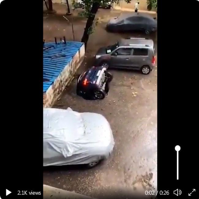 Rain effect in Mumbai
