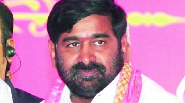 TRS Minister responds to Firebrand MP tweet which claims he is the next to leave the party