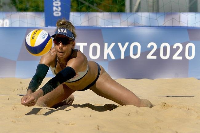 Bikini Must in Beach Volleyball