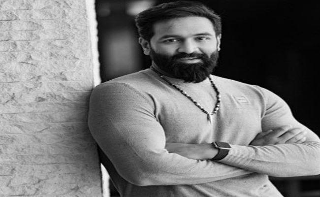 Manchi Vishnu Sensational Comments On Tollywood Biggies on Maa Election Row