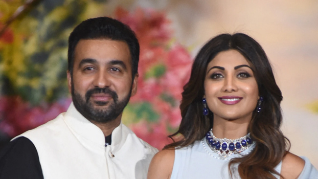 Shocking Shilpa clashed with her husband in front of the police