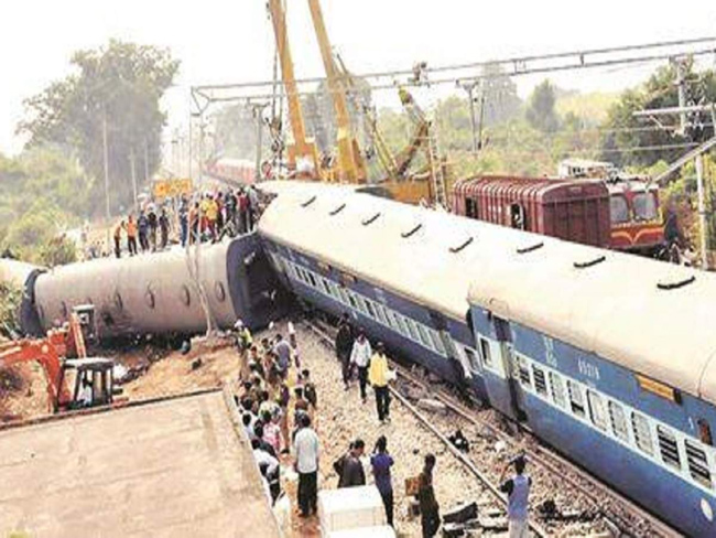 Vijayasai sensational comments on Hirakud train crash