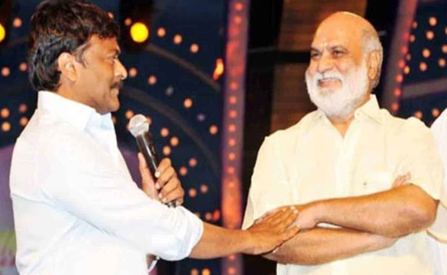 Chiranjeevi expresses his willingness to direct Raghavendra Rao