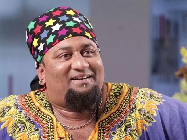 Lobo is well known as an entertainer in Telugu season 5.